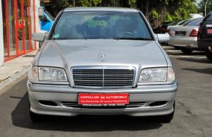 Mercedes-Benz C 180 C- Klasse Elegance*Inspektion NeuTÜV 06.23