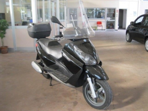 Piaggio X 7 Scooter