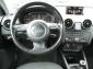 Audi A1 1,6 TDi Attraction, Klima, MMI