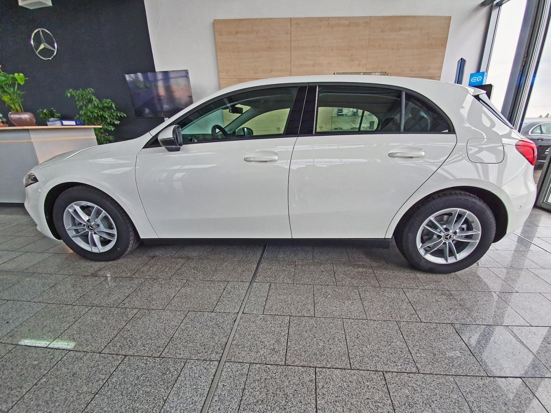 Mercedes-Benz A 180 LL 7G-DCT CAMERA PARKTRONIC LED full